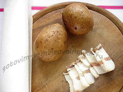 kartofel-v-mundire-v-mikrovolnovke-1
