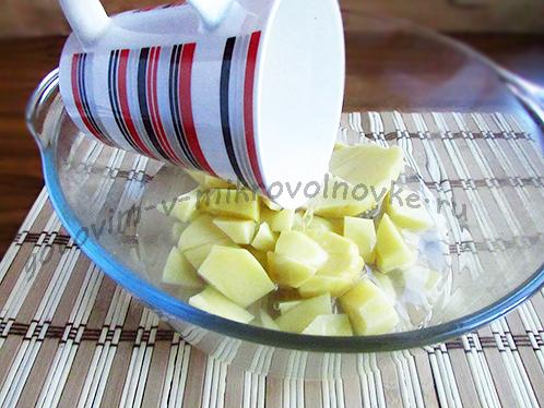 как готовить солянку с колбасой