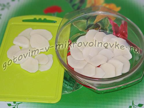 graten-iz-kartofelya-v-mikrovolnovke-3