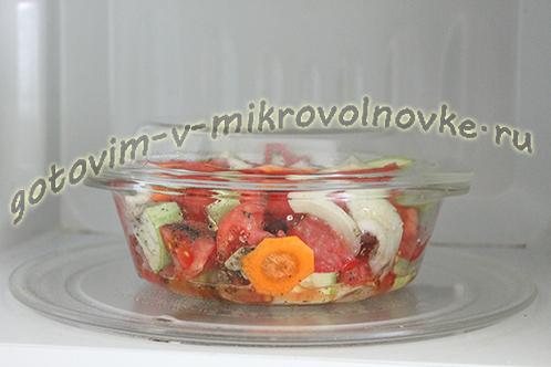 kabachkovaya-ikra-recept-foto-poshagovo-8