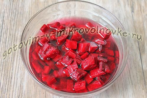 kak-svarit-ovoschi-v-mikrovolnovke-dlya-vinegreta-2