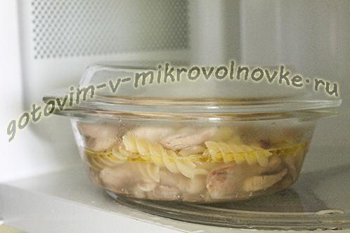 makarony-s-tushenkoj-recept-foto-4