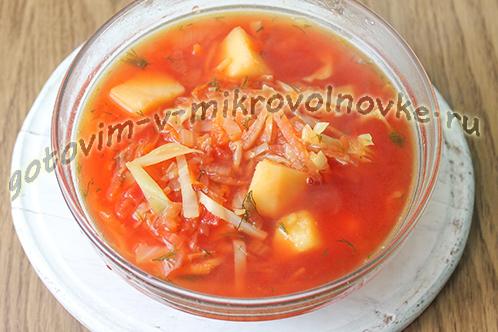 vkusnyj-borsch-so-svezhei-kapustoy-10