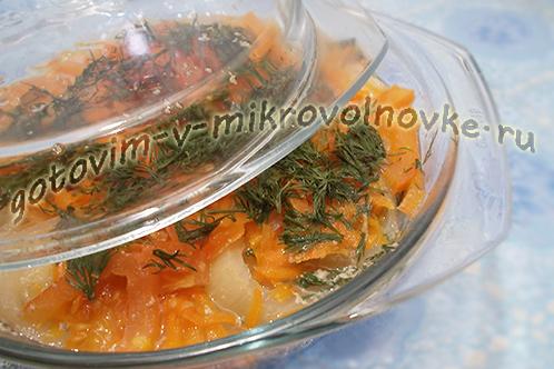 mintay-tushenyy-s-morkovyu-i-lukom-recept-7