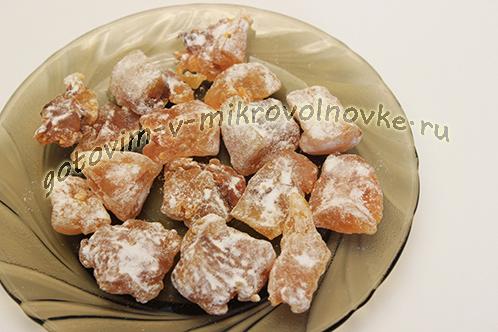 cukaty-iz-tykvy-prostoj-recept-v-mikrovolnovke-6