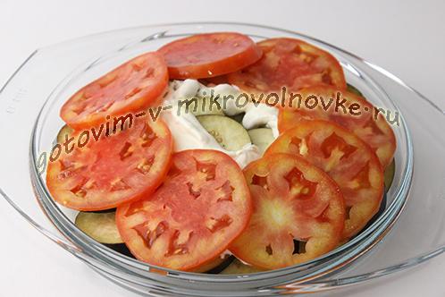 baklazhany-zapechennye-s-syrom-i-pomidorami-v-mikrovolnovke-7
