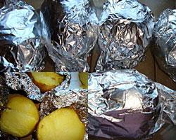 kartofel-zapechennyi-v-mikrovolnovke-1