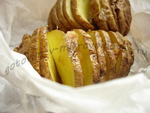 картошка в мундире готова