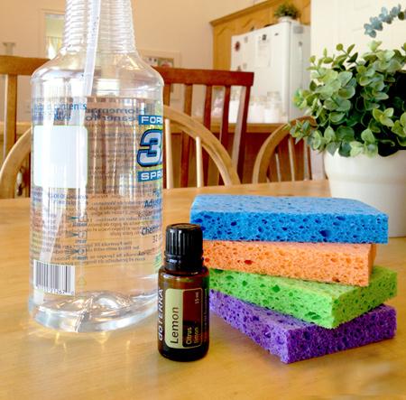 приятный способ очистить внутри микроволновку