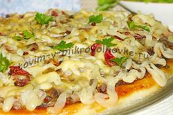 пицца со свининой