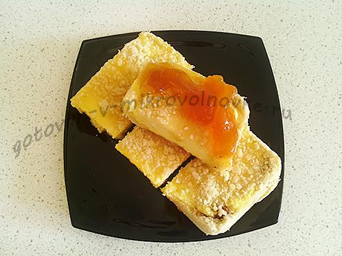 пирог из творога готов