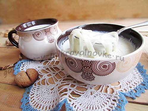 вермишелевый молочный суп готов