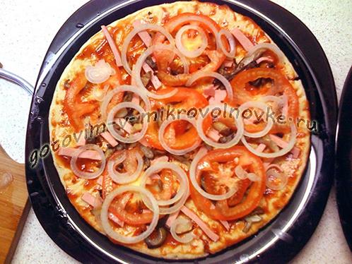 pizza-v-mikrovolnovke-za-5-minut-2