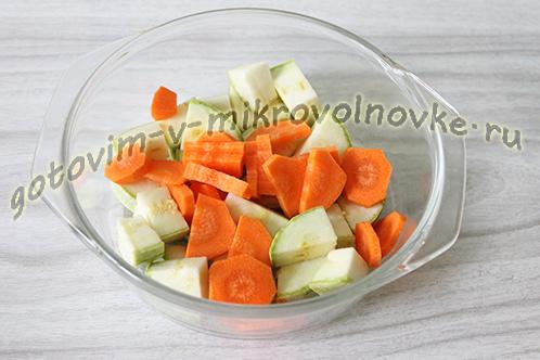 kabachkovaya-ikra-recept-foto-poshagovo-3
