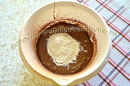 shokoladnyj-biskvit-recept-foto-poshagovo-4