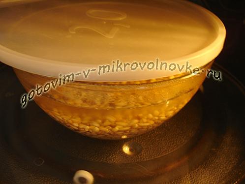 perlovka-s-tushenkoj-recept-3