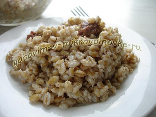 perlovka-s-tushenkoj-recept-6