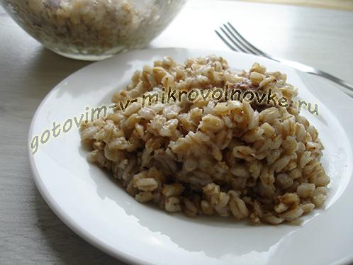 perlovka-s-tushenkoj-recept-7